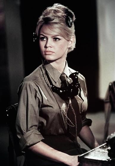 Бабетта идет на войну 1959 - babette goes to war -