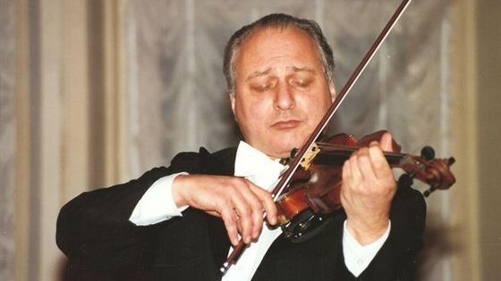 Кафедра скрипки. Руководитель – профессор Владимир Михайлович Иванов